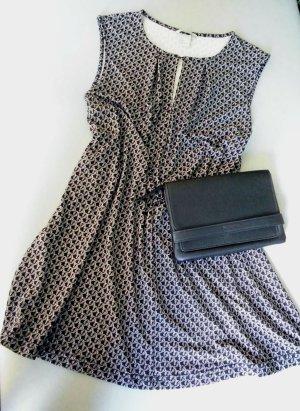 Kleid schwarz-weiß Gr. L    44 - 46