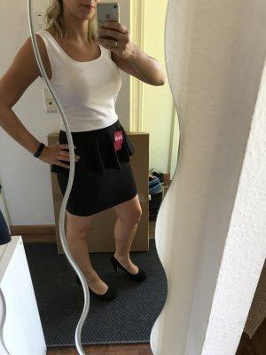 Kleid schwarz-weiß Gr. S mit Schößchen