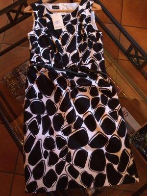 Kleid schwarz-weiß mit Gürtel