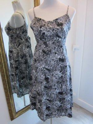Kleid schwarz weiss Spagettiträger Gr 40