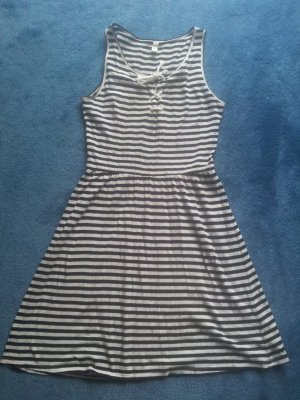 Kleid schwarz weiß Streifen Q/S S.Oliver Gr. XS
