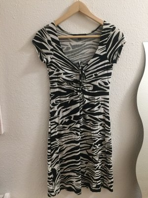 Kleid schwarz weiß von Amisu Größe 36
