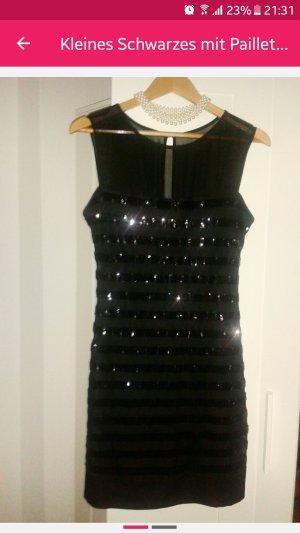 Kleid Sexy in Schwarz.