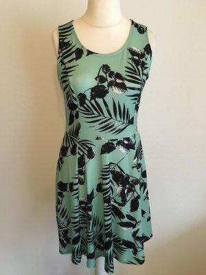 Kleid Shirtkleid Jerseykleid grün mint mit Print Herbst Gr. S TOP