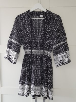 H&M Divided Hippie Dress white-black