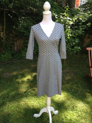 Kleid Sommer Gr. 34 sehr schön