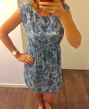 Kleid Sommerkleid Abendkleid Partykleid Blumenmuster Blautöne kurzärmlig