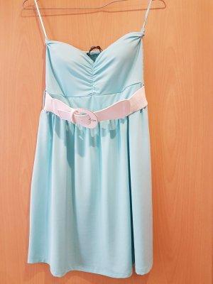 Blind Date Off the shoulder jurk lichtblauw-babyblauw