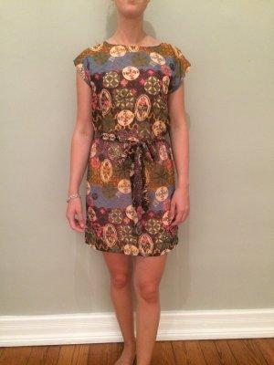 Kleid Sommerkleid Etuikleid Muster Blumen Ethno