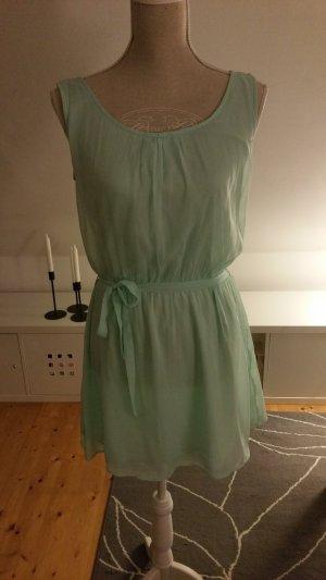 Kleid Sommerkleid mit Gürtel