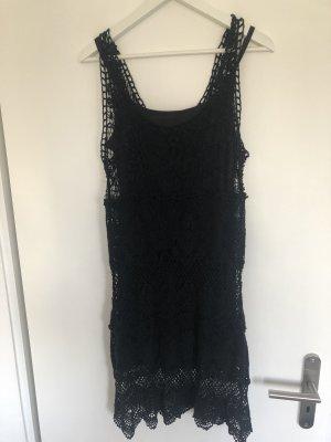 Kleid - Spitzenkleid in schwarz von Dreimaster