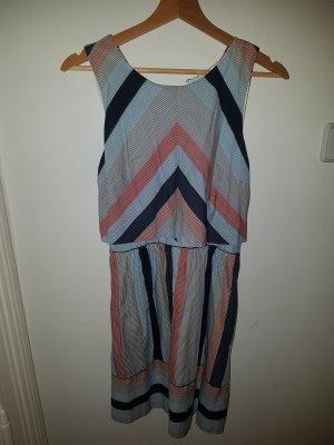 Kleid Streifenlook
