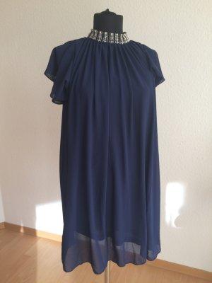 Kleid TFNC aus einem London Boutique