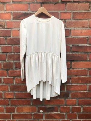 Kleid trifft Shirt