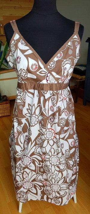 Kleid Umstand