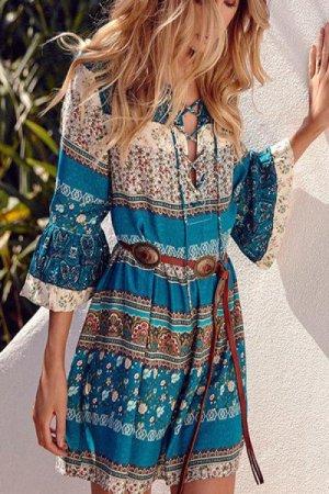 Kleid V Ausschnitt
