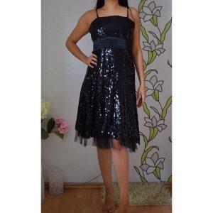 Kleid verführerisch schwarz