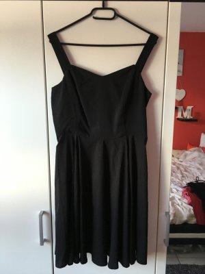 Kleid Vero Moda schwarz in Größe M