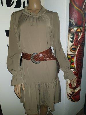 Kleid volants Reserved 40