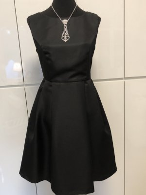 Kleid von Apart NEU ❤️