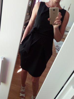 Apricot Robe à manches courtes noir polyester
