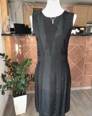 Kleid von Apriori