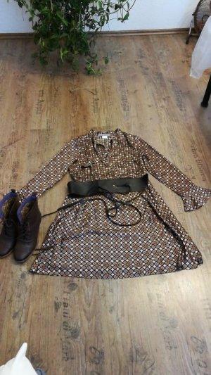 Kleid von Ashley Brooke mit Gürtel