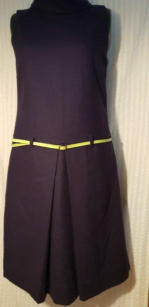 Kleid von Benetton mit 70 % Wolle , Steht Gr.L ist 40,Etuikleid