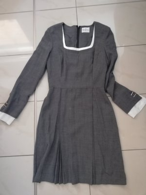 Kleid von Betty Barclay Gr. 34