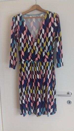 Kleid von Boden