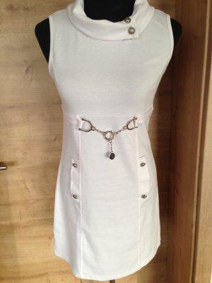Robe courte blanc-argenté