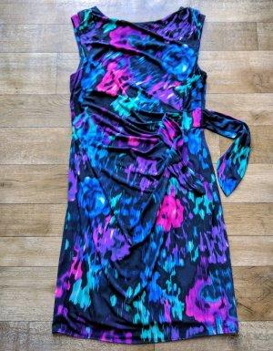 Kleid von COAST + dezente Raffung