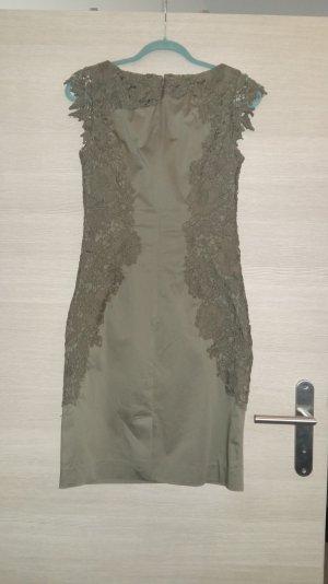 Kleid von Comma khakifarben