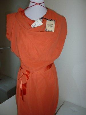 Kleid von Deby Debo Neu
