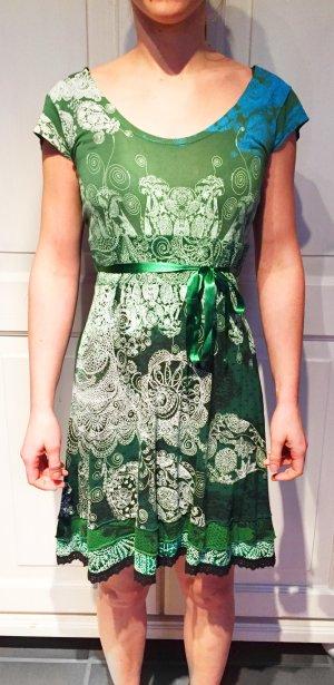 Kleid von Desigual, Ornamente in Grün- & Blautönen