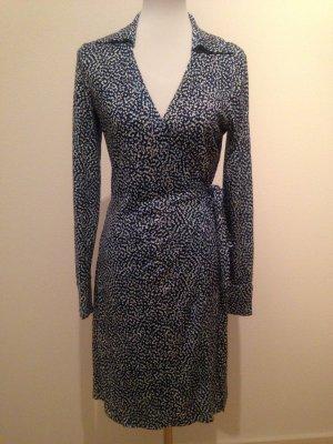 Diane von Furstenberg Abito avvolgente bianco-blu acciaio Seta