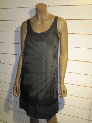 Kleid von Diesel, mit floralem Druck