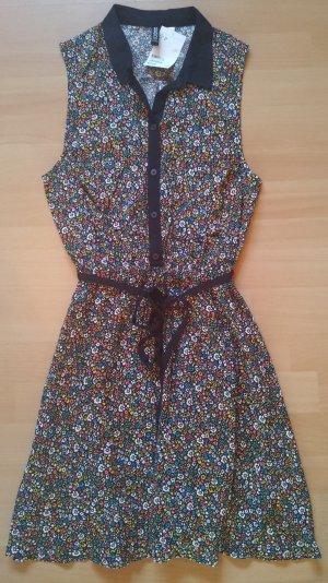 Kleid von Divided, H&M