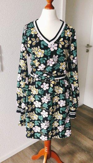 Kleid von Eksept Größe S Blumen
