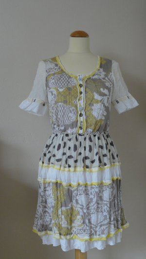 Kleid von Elisa Cavaletti
