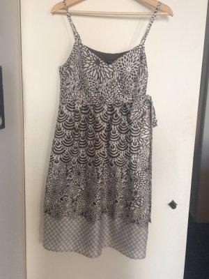 esprit collection Vestido corte imperio blanco-marrón grisáceo