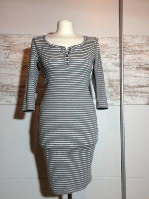 Kleid Von Fishbone in Gr.36!!!!