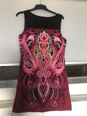 Kleid von Flame