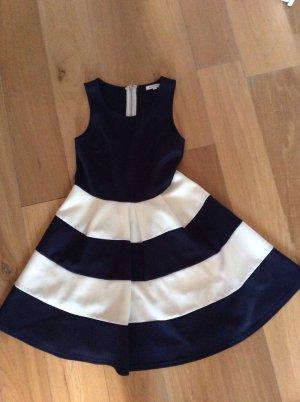 Kleid von Glamorous Größe S