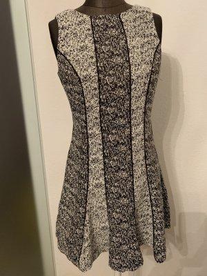 H&M Vestido corte imperio negro-blanco
