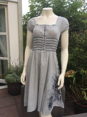 Kleid von H&M, in Dirndel-Optik, Gr. 36