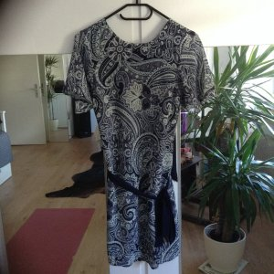 Kleid von H&M in Gr. 34