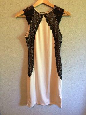 Kleid von H&M mit schwarzer Spitze