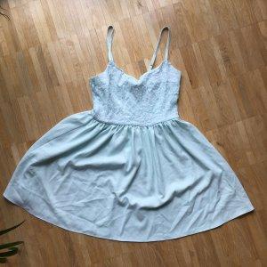 Kleid von H & M Spitze Träger kurz  38