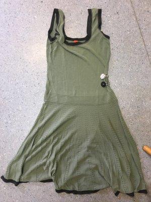 Kleid von Hugo Boss Gr M, neuwertig